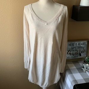 Old Navy Maternity Cream Colored Sweater 2X